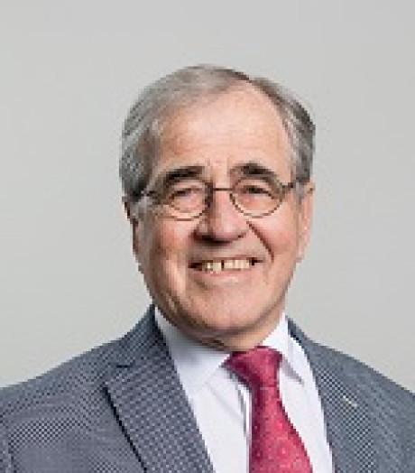 Wethouder Raemaekers neemt afscheid tijdens raadsvergadering