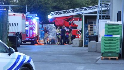 Brandweer rukt uit voor fikse rook bij Horeca Totaal