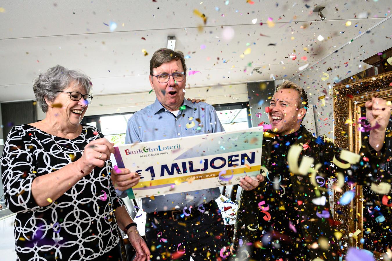 Ineke en Gerrit uit Rijen winnen 1 miljoen euro in BankGiro Loterij.