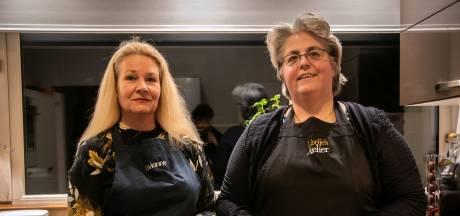 Achter de potten en pannen om het lekkerste gerecht van Mierlo te koken; 'Braadpan! Garde! Oven 20 minuten op 220 graden!'