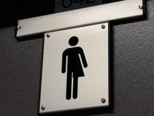 Genderneutraal naar het toilet op het Corderius