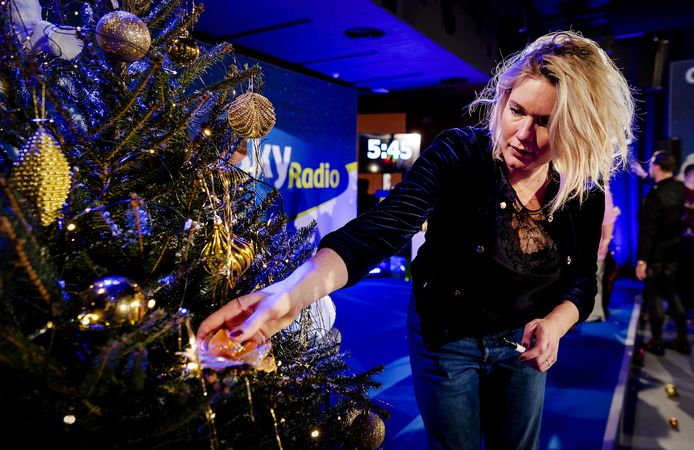 Marlijn Weerdenburg deed een aantal jaar geleden mee Christmas Tree For Charity van Sky Radio.