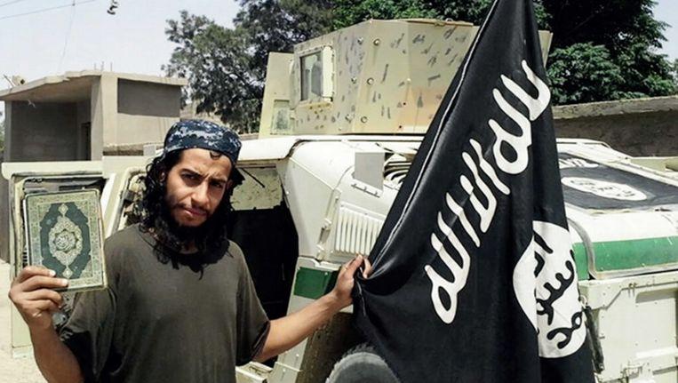 Abdelhamid Abaaoud in Syrië. Beeld ap