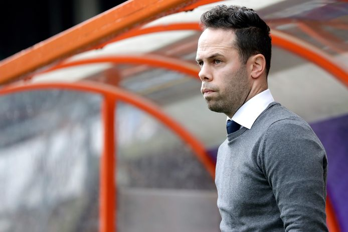 FC Den Bosch-trainer Erik van der Ven heeft bij de politie inmiddels aangifte gedaan van de bedreigingen aan zijn adres.