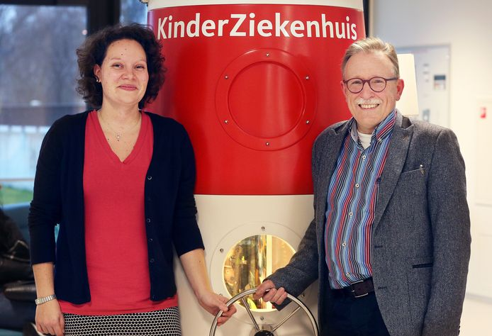 Kinderartsen Marjolijn Akkermans en Frank Brus van het Juliana Kinderziekenhuis