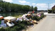 """Afval stapelt zich op aan Oostvaartdijk: """"Karton al twee maanden niet opgehaald"""""""