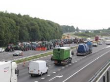 Snelweg A1 weer vrijgegeven na boerenblokkade, politie: boetes volgen nog