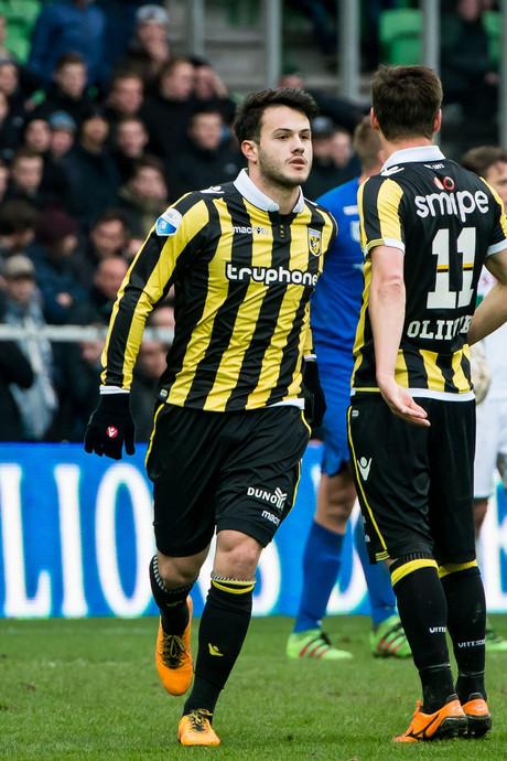 Vitesse om tafel met Legia Warschau over Qazaishvili
