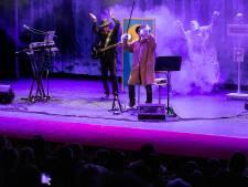 Paul van Loon verrast Drunen met 'Griezelbus on Tour'