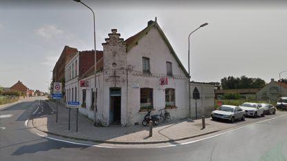 Burgemeester sluit café met 5 klanten na overtreding coronamaatregel