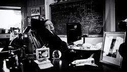 """De grootste prestatie van Stephen Hawking? """"Elke mens moed geven dat je ondanks veel miserie er toch het beste van kan maken"""""""