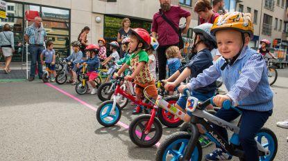 Kinderen koersen zaterdag in wijk Overleie