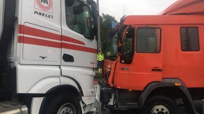 Moeilijke ochtendspits rond Waregem door ongeval op complex E17-N382