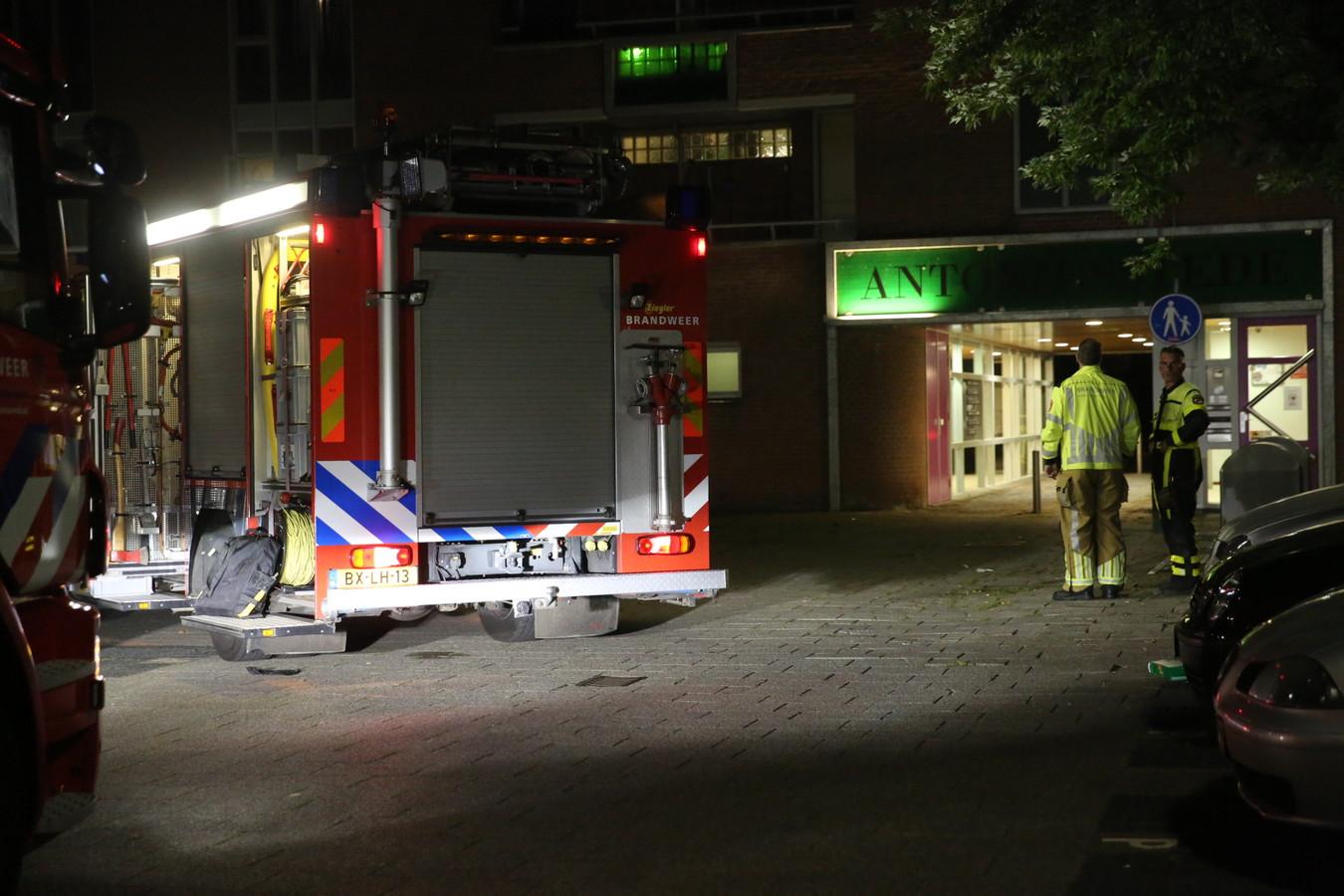 Rookontwikkeling in woning Antoniusstede in Roosendaal.