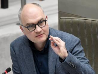 Twee collaborateurs in 'eregalerij': Groen vraagt excuses namens parlement voor themanummer 'Newsweek'