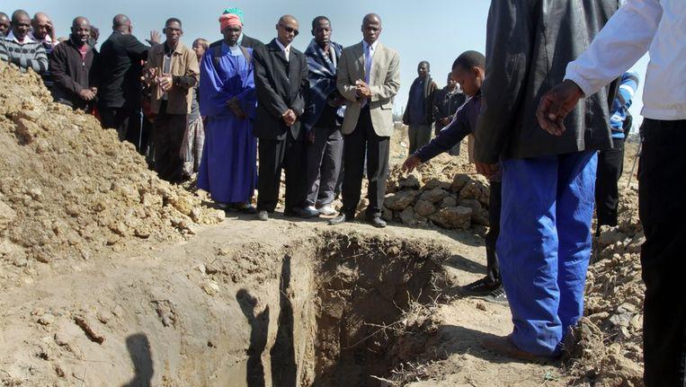 Begrafenis van een van de vermoorde mijnwerkers Beeld epa