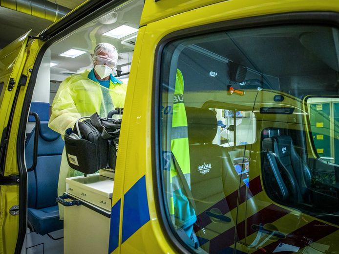 Medewerkers van de ambulancepost van het ziekenhuis in Tilburg.