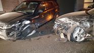 Auto ramt twee wagens van zelfde gezin