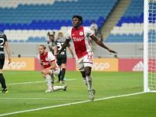 Ajax heeft in oefenduel weinig te stellen met KAS Eupen