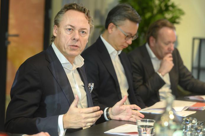 CEO Ralph Hamers (links) tijdens de presentatie van de jaarcijfers van ING.