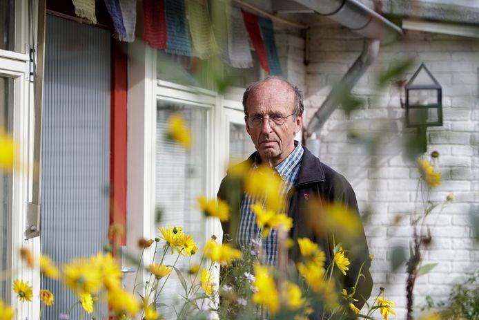 Sebo Ebbens is sinds 1978 boeddhist. Hij verloor in 2010 zijn zoon Alban, die stierf aan de gevolgen van acute leukemie. Hij kon daar naar eigen zeggen goed mee dealen. ,,Het Tibetaans boeddhisme leert je om te gaan met dingen als pijn, verlies en ongemak.''