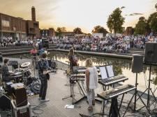Verzameling culturen op Vijvervrijdagen in Enschede