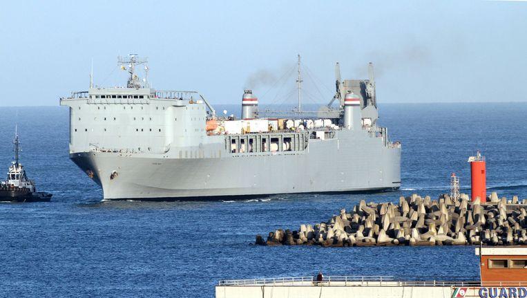 Het Amerikaanse schip Cape Ray waarop de wapens vernietigd zullen worden. Beeld ap