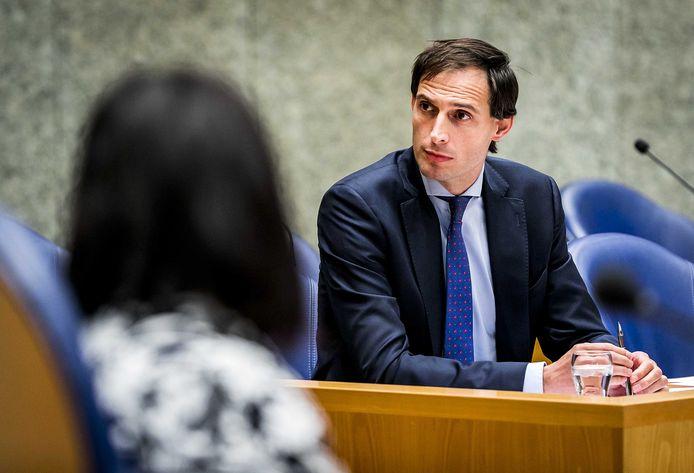Wopke Hoekstra, minister van Financien, geeft de leerlingen van De Meerpaal les en vertelt ook meer over de Miljoenennota