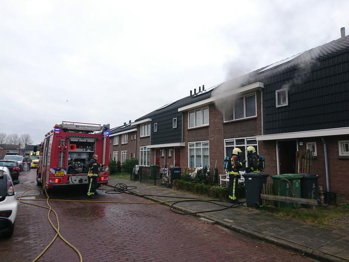 Bij de brand kwam behoorlijk wat rook vrij.