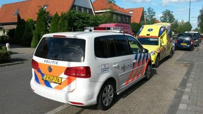 Een ambulance heeft de jongen naar het ziekenhuis gebracht.