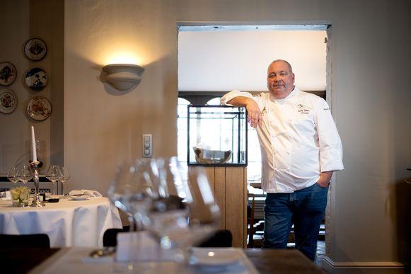 HINGENE Ferdy Debecker van sterrenrestaurant Eyckerhof zat sinds zondagmiddag zonder water, maar kan dinsdag weer koken.
