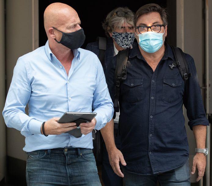 Me Sven Mary et son client Stéphane Pauwels à Mons Expo en vue du procès, le 14 septembre dernier