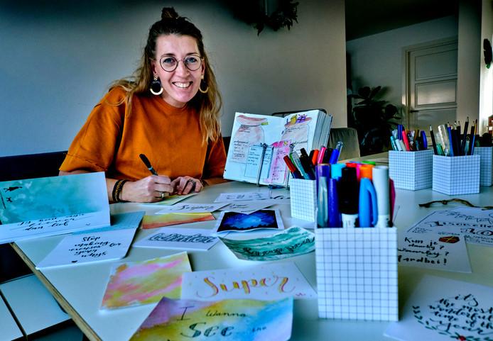 Anne-Marie Schipper leert anderen 'mooie teksten' te maken.