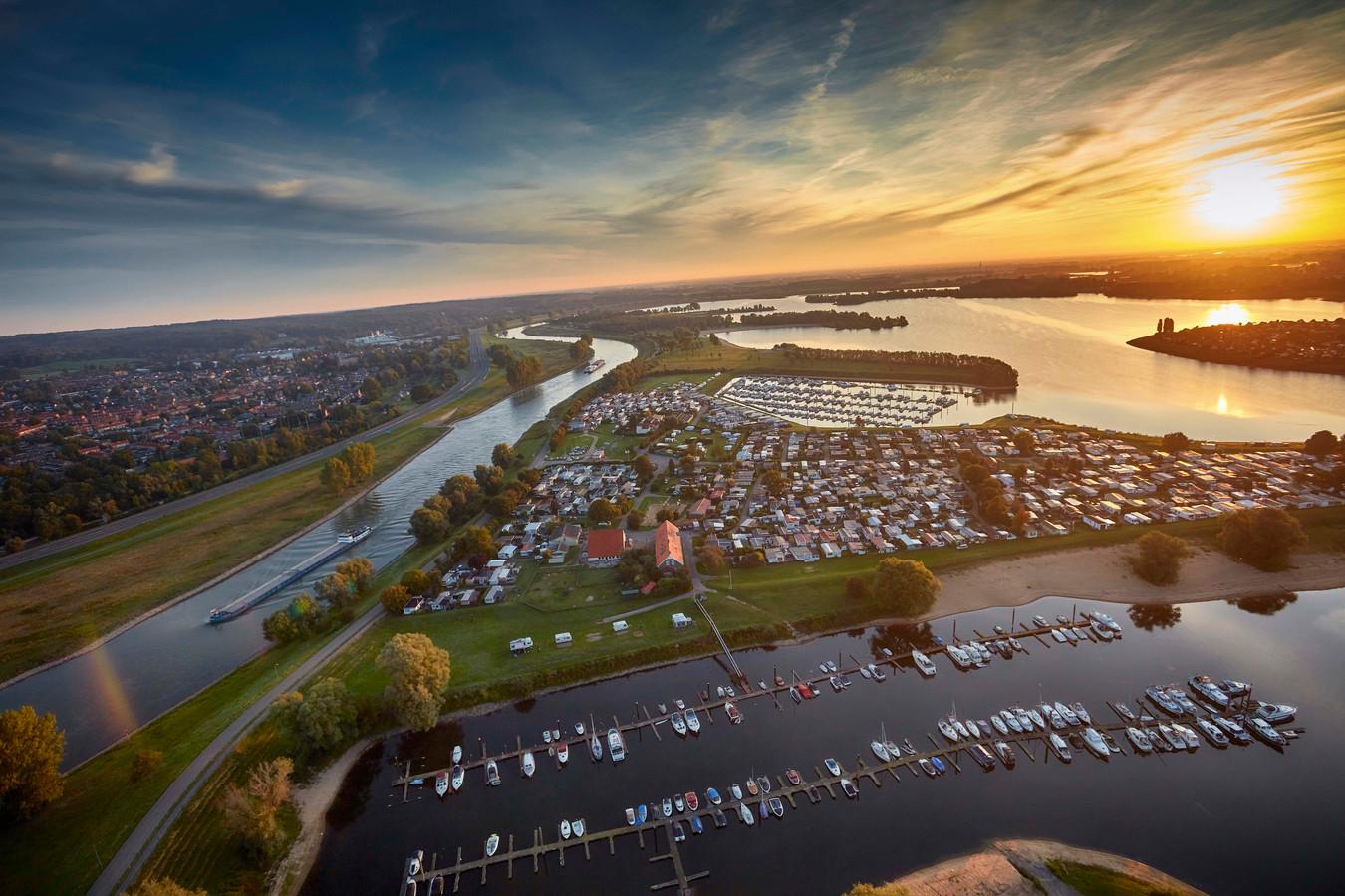 De IJssel bij Giesbeek en Lathum.