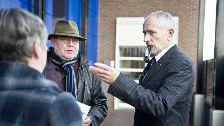 Slachtoffers Freddy de Haan (rechts) en Henny Mulder eind november bij de Almelose rechtbank voorafgaand aan de strafzaak tegen Ernst Jansen Steur. Beeld anp