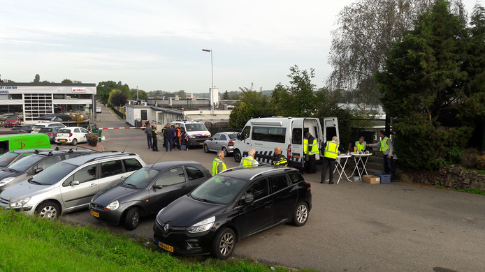 September 2018: grote controle camping Maaszicht in Kerkdriel.