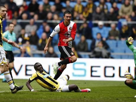 Feyenoord op het gemak voorbij Vitesse