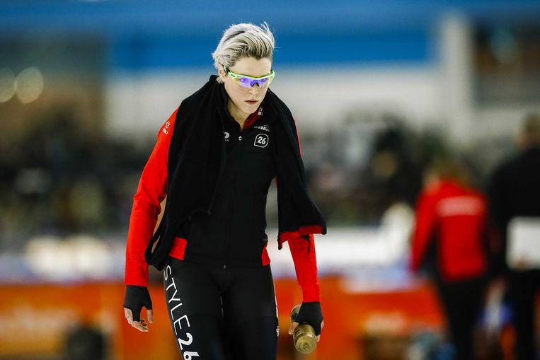 Jorien ter Mors na diskwalificatie op de 1000 meter tijdens het NK Afstanden in Thialf.  Beeld ANP