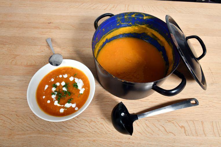 De Krottegemse Ransels gaan opnieuw op zoek naar de beste Roeselaarse soep.