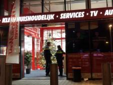 Agent in vrije tijd gewond bij aanhouding winkeldief MediaMarkt Duiven