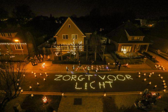 De inwoners van Hamont-Achel brachten al licht in de stad, CD&V wil nu ook extra steunmaatregelen.