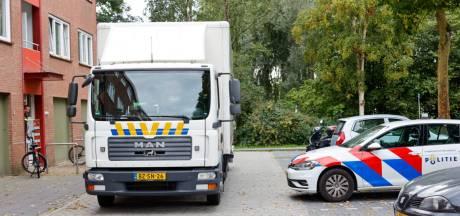 Politie valt huis in Ede binnen waar hennep gebruiksklaar werd gemaakt