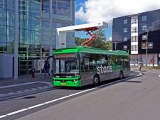 Beslagen ruiten en een rammelende airco: ruzie over gloednieuwe bus uit Deurne