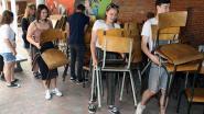 Leerlingen verhuizen hele inboedel school naar nieuwe campus Scheppersstraat