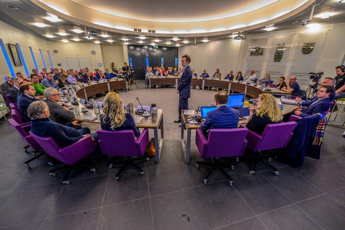 Archieffoto van de Steenbergse raadszaal, waar in april een vergadering over arbeidsmigranten plaatsvond.