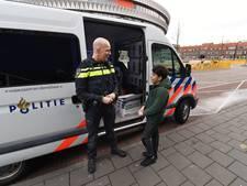 Agenten in Vlissingen gaan de wijk in met mobiele politiebureau's