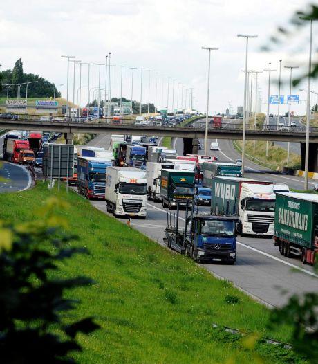 Importants embouteillages après des accidents sur le ring de Bruxelles et l'E19