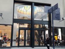 Grote koepel is de blikvanger in nieuwe  vestiging The Sting in voormalig Bijenkorfpand