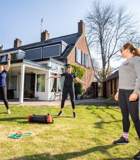 Europees kampioen Lotte geeft personal training in haar eigen achtertuin