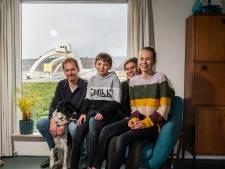Ronald en Annemiek hebben bijzonder uitzicht: 'Het stuwcomplex is net een ruimteschip'